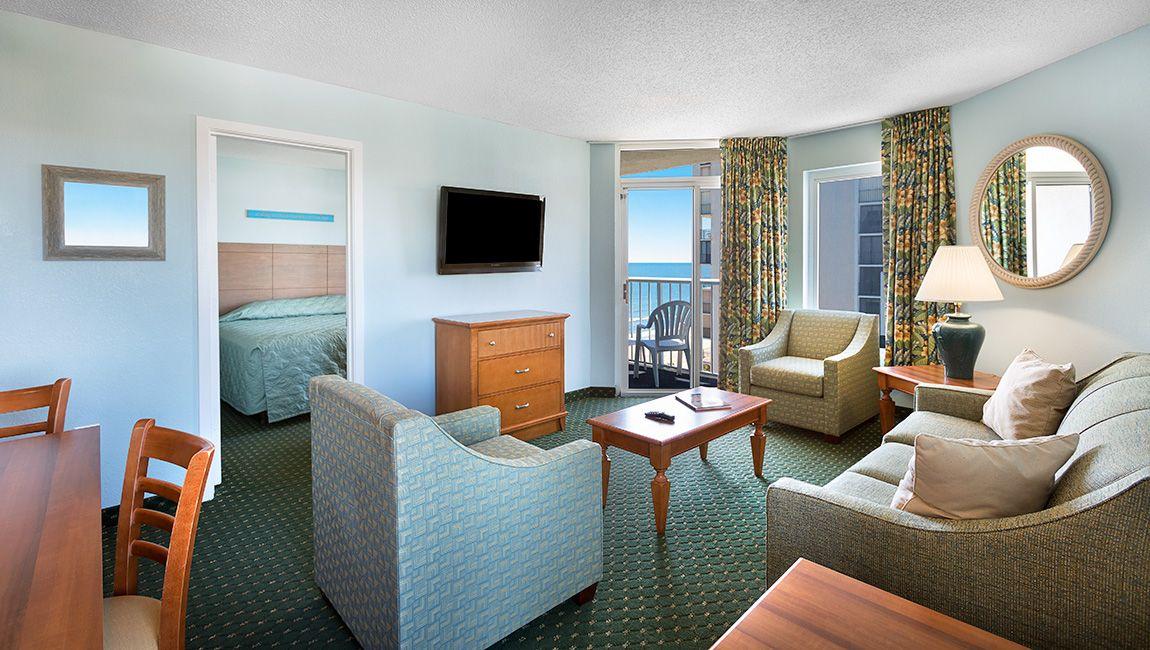 2 Bedroom Ocean View Living Area